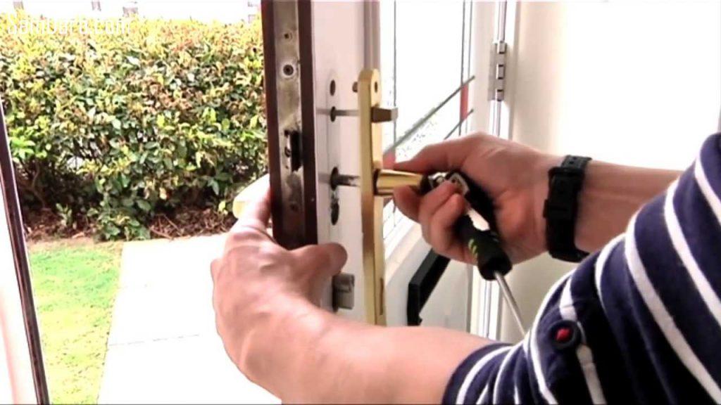 جدا کردن دستگیره از درب